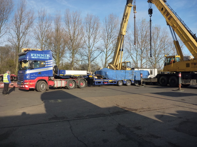 70t casting arrives on truck